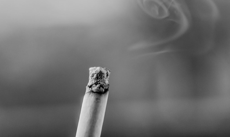 Pse është kaq e vështirë për ta lënë duhanin?