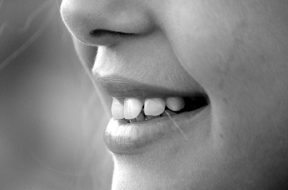 2017-04-24 16_31_40-smile-mouth-teeth-laugh-65665.jpeg - Photos
