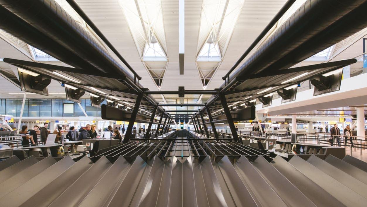 10 aeroportet më të mirë e 10 më të këqijtë në botë