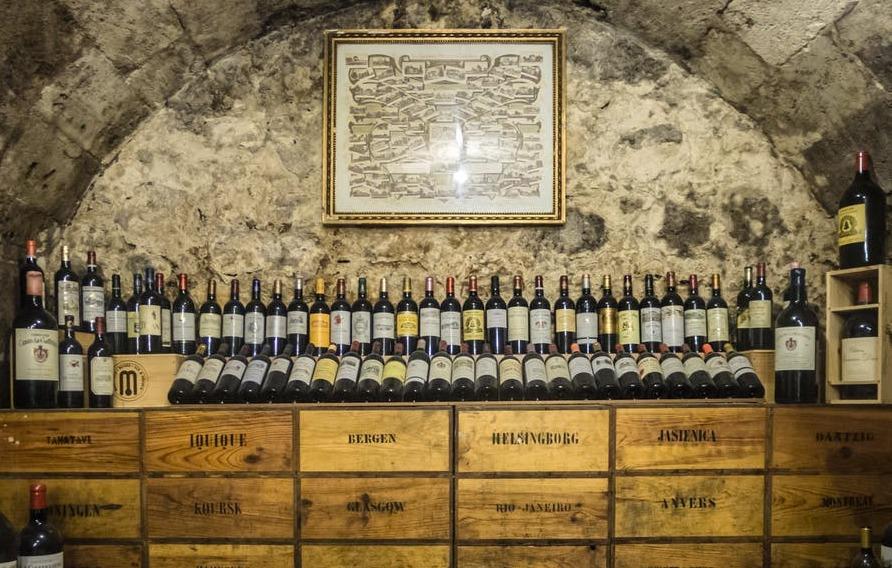A e dinit që egziston në Itali një shatërvan vere për të konsumuar falas?