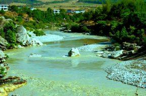 Permet_Albania_-_panoramio_(1)