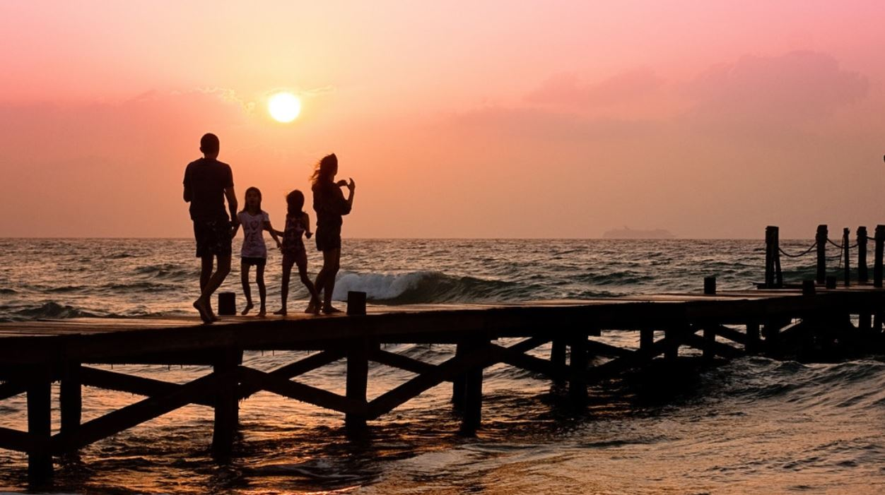 Si të vendosësh paqe mes fëmijëve gjatë pushimeve?