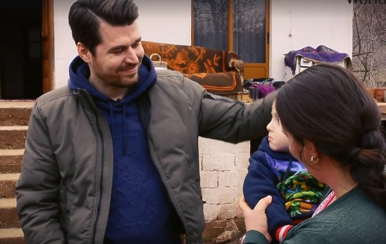 Mesazh fisnik nga Alban Skënderaj. Pak humanizëm për një tre vjeçar që kërkon të jetojë si të gjithë