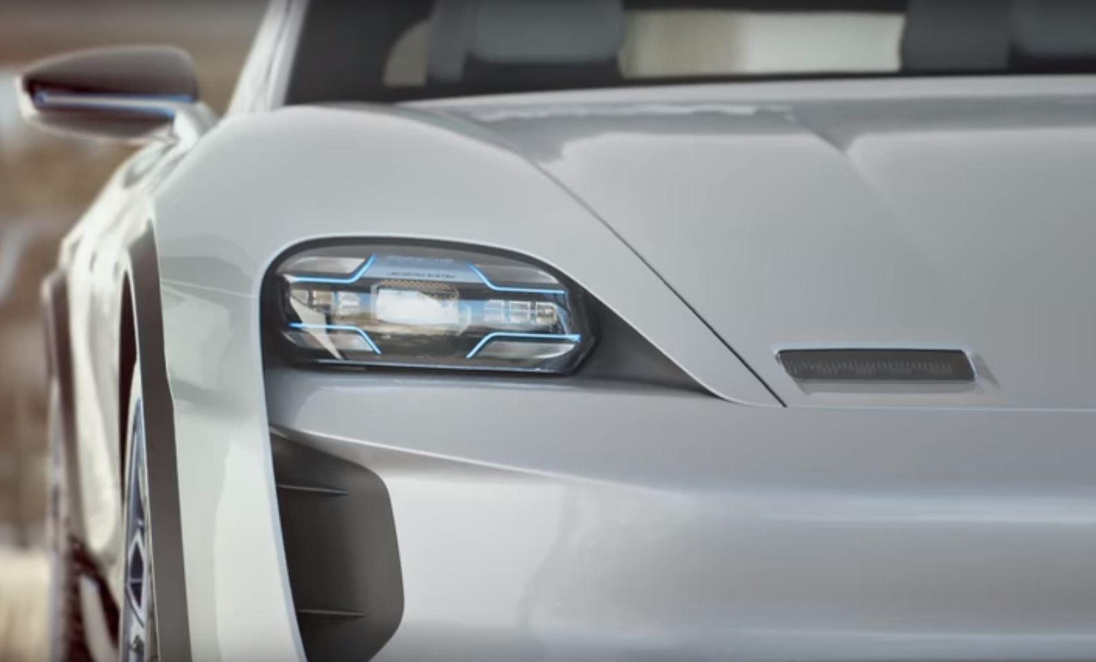 "Një automjet elektrik me dron, Porsche zbulon ""Mission E Cross Turismo"""