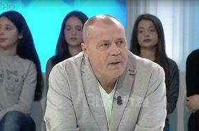 2018-03-17 09_52_34-Zone e Lire_ Mustafa Nano_ Harrojeni Ilda Bejlerin, eshte me vulgare se veshja (
