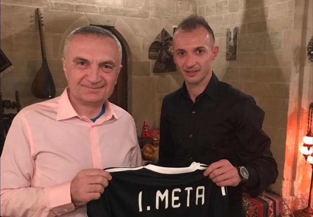 """""""Ansi është ambasadori ynë."""" Presidenti në Azerbajxhan"""