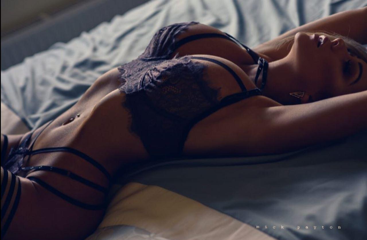 """Aktoria dhe modelja shndërrohet në bjonden më """"hot"""" të instagramit"""