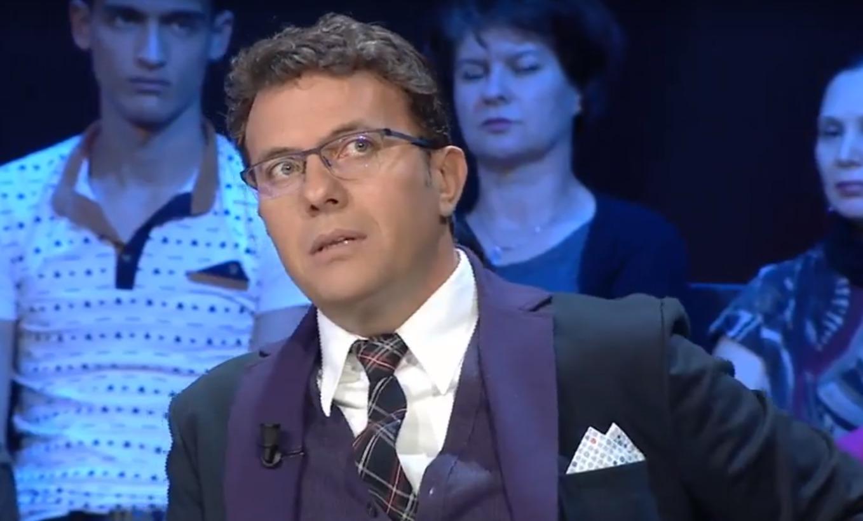 """Rrëfim rëqethës i Laert Vasilit: """"Në Athinë na arrestuan se kënduam labçe."""""""