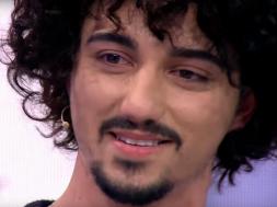 2018-12-11 16_53_30-Piktori 20-vjeçar përlotet në studio - Top Channel Albania - News - Lajme - YouT