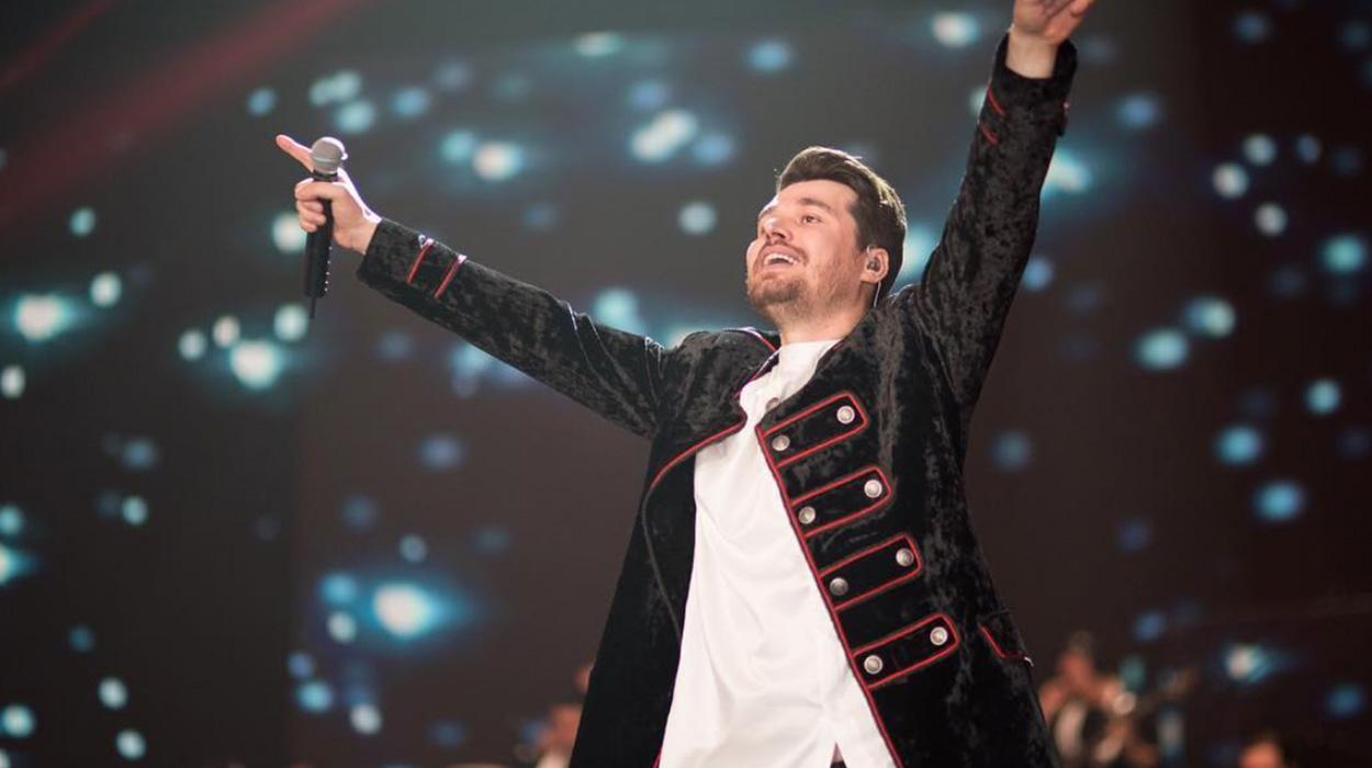 Shitje rekord biletash, Alban Skënderaj bën veprimin e papritur pak para koncertit