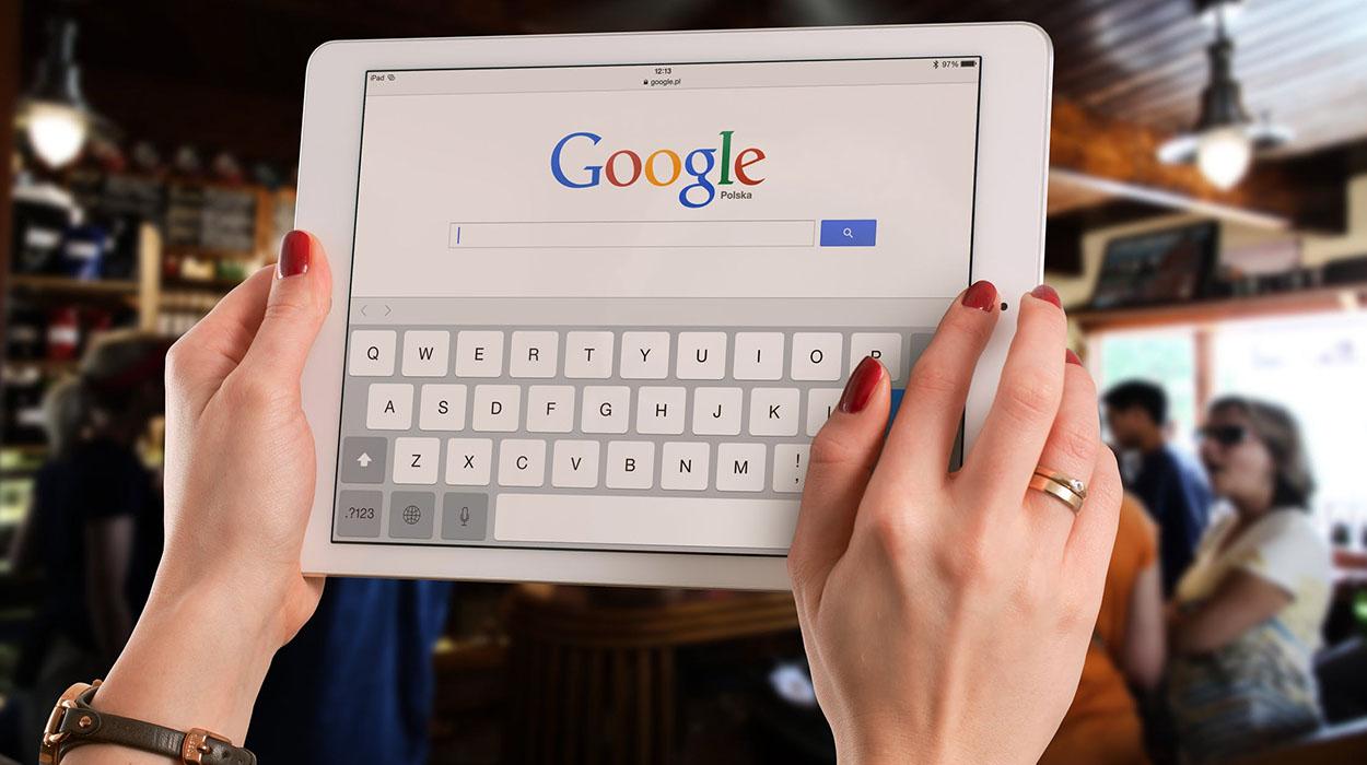 """Po bllokon reklamuesit në rrjet, BE gjobit gjigandin e kërkimit """"Google"""""""
