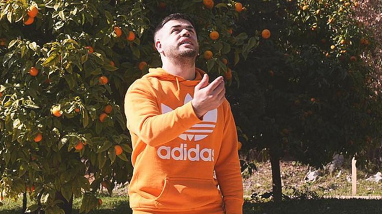 """Fansi i """"kap gabimin"""" në foto, përgjigja ironike që i kthen Noizy nuk duhet humbur"""