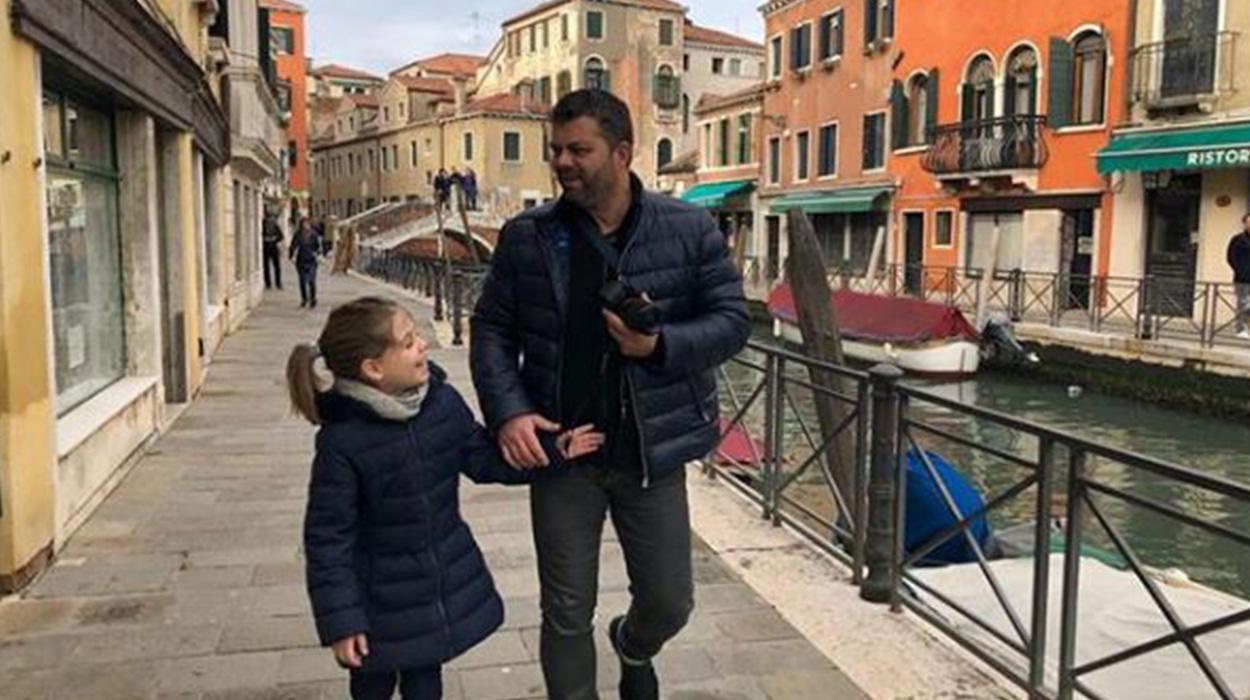 """""""Nuk pushoja dot së qari"""", aktori rrëfen momentin prekës me të bijën"""