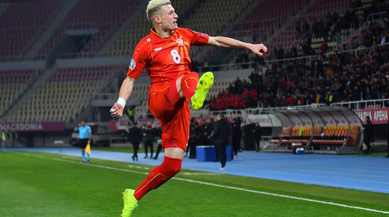 Foli shqip, futbollisti shqiptar nxirret nga lokali