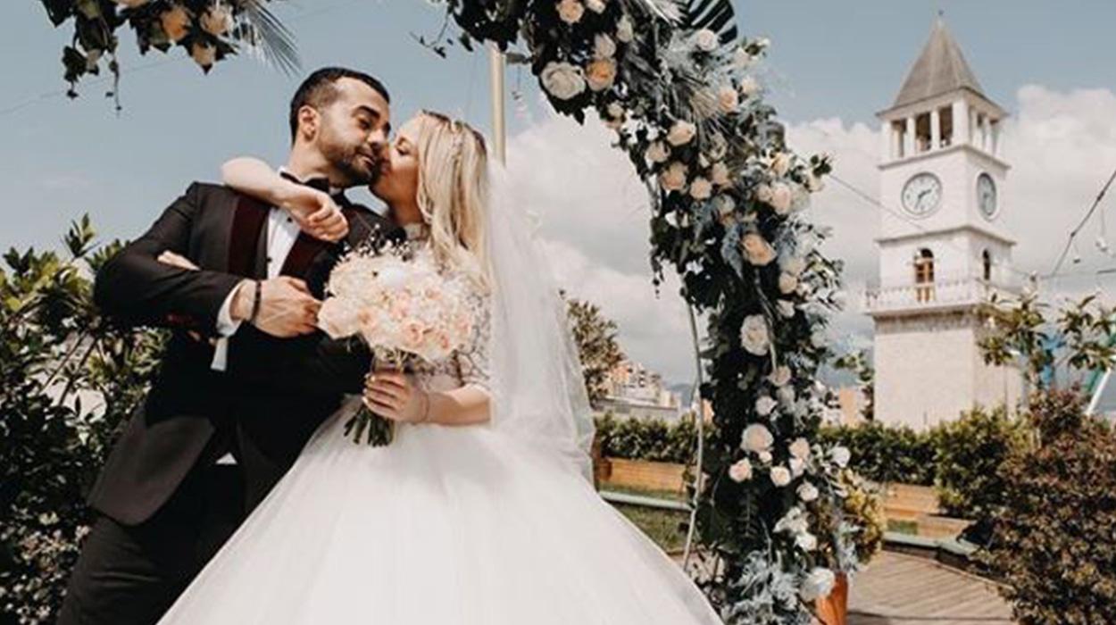 Gaz Paja dhe bashkëshortja e tij nisin pushimet, pamjet brenda resortit luksoz