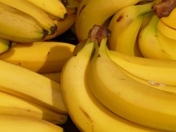 bananas-bunch-food-41957