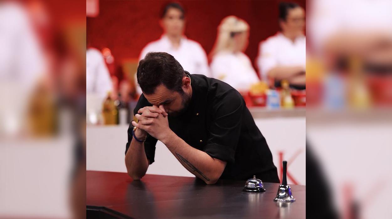 """Degjeneron situata në """"Hell's Kitchen"""", konkurentet shahen dhe kapen për flokësh"""