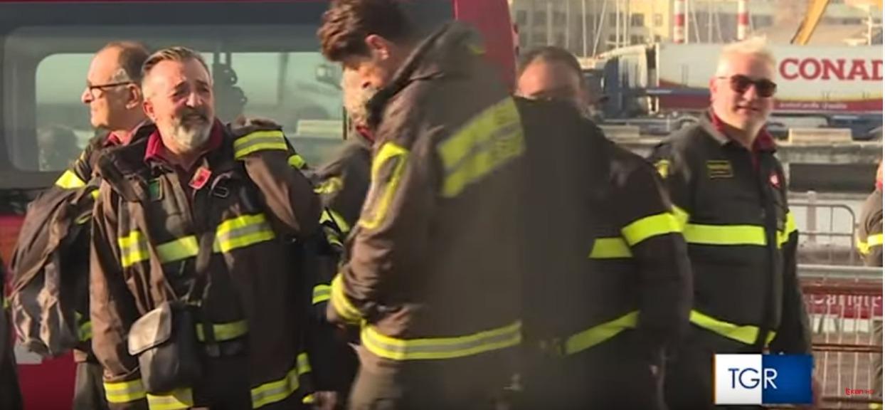 """Rrëfimi tronditës i zjarrfikësit italian, """"Më kujtohet shikimi i gruas nën rrënoja dukej sikur.."""""""