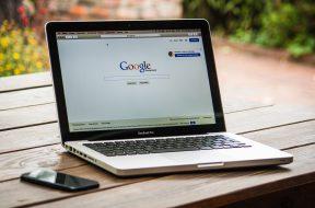 google-search-engine-on-macbook-pro-40185 (1)