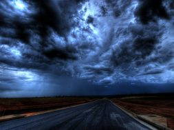 road-under-cloudy-sky-416920