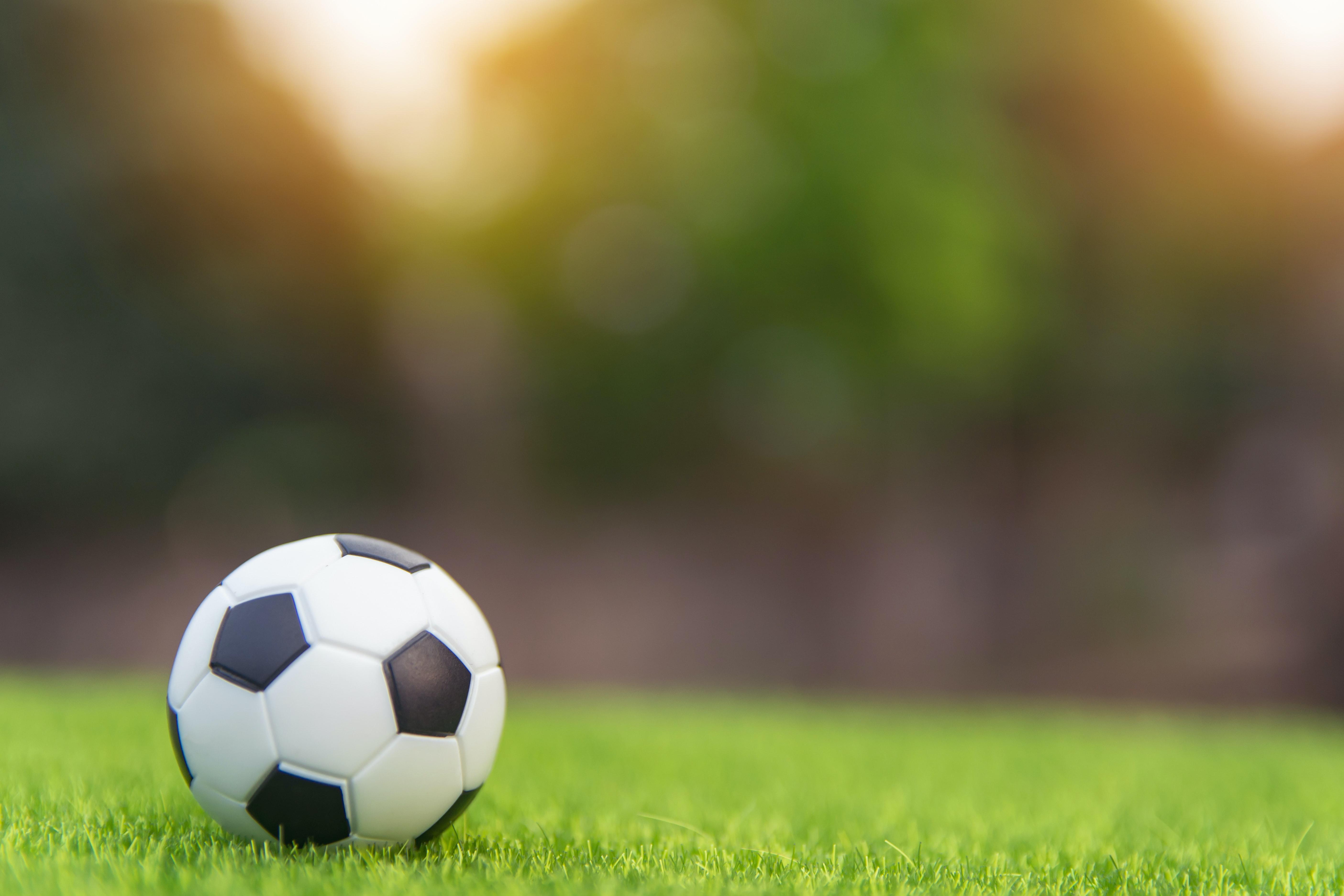 Infektohet me Coronavirus legjenda e futbollit
