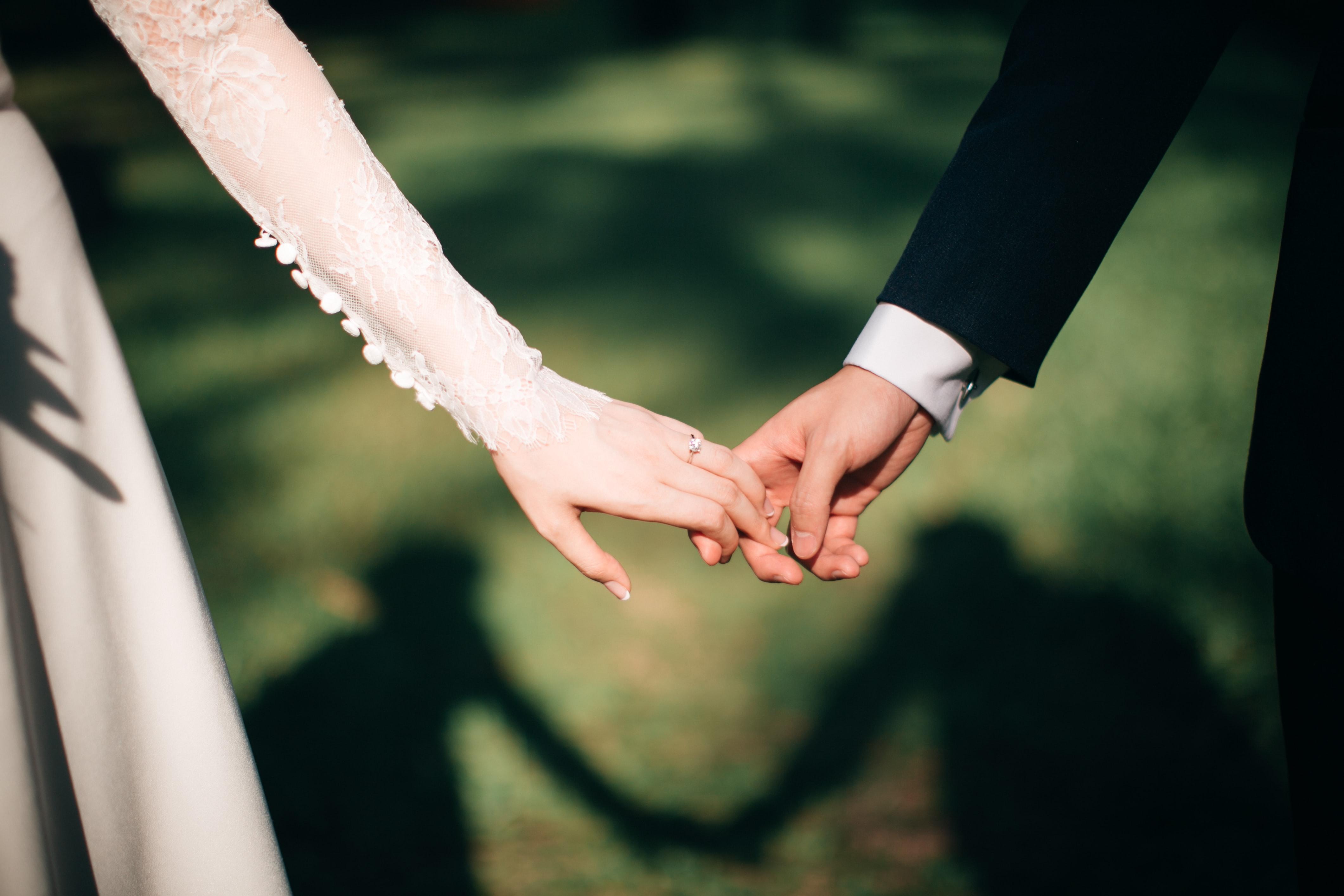I jep fund beqarisë, aktori më i dashur për shqiptarët martohet këtë javë