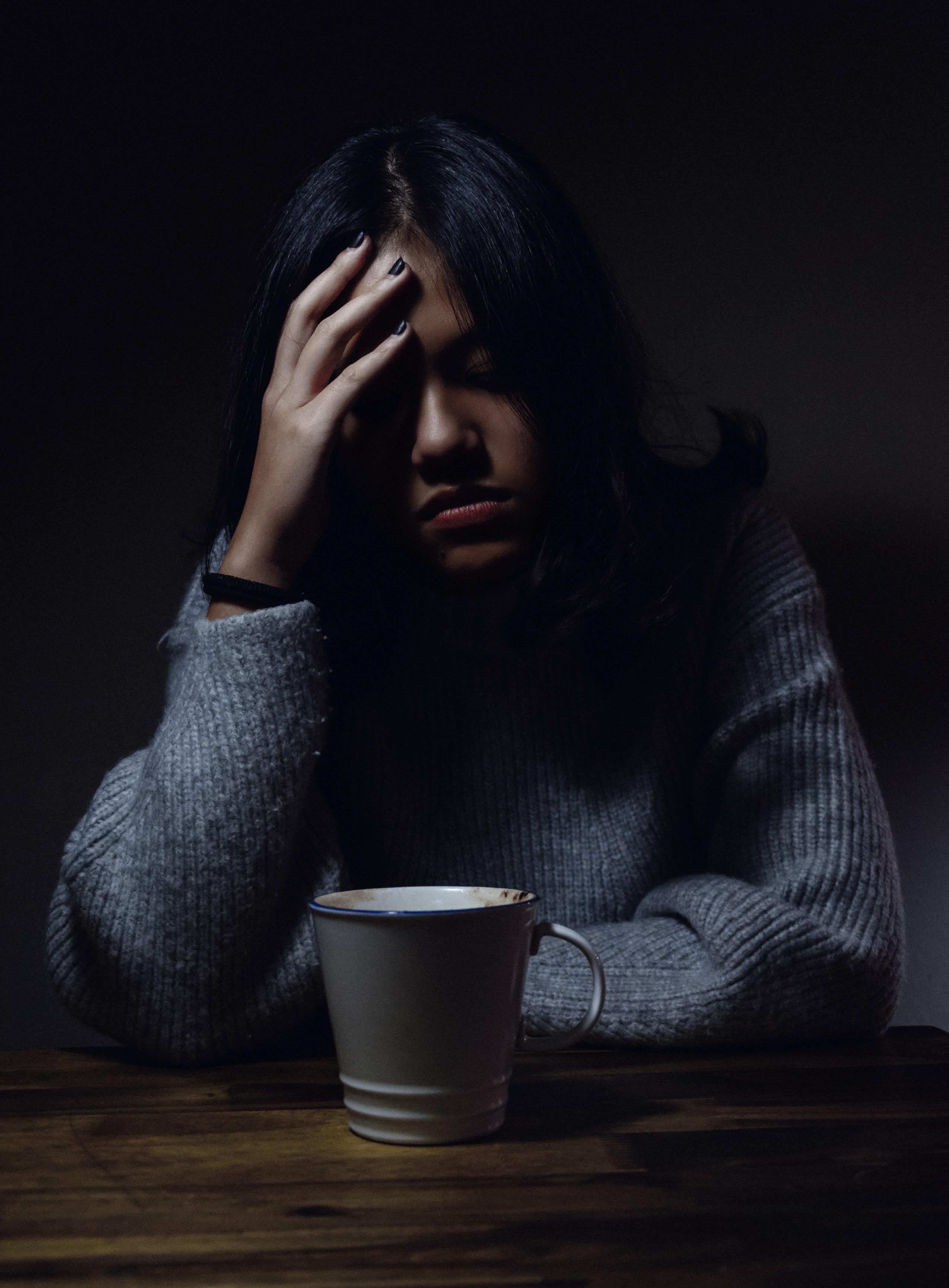 Dhimbja e kokës mund të eleminohet edhe pa ilaçe, është shumë e thjeshtë
