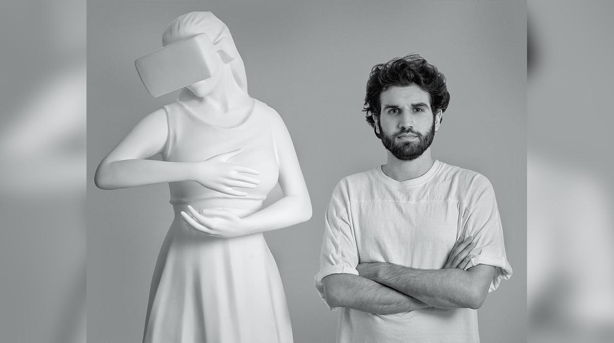 Në zemër të Londrës – Kjo është skulptura më e çuditshme që ju kanë parë ndonjëherë sytë