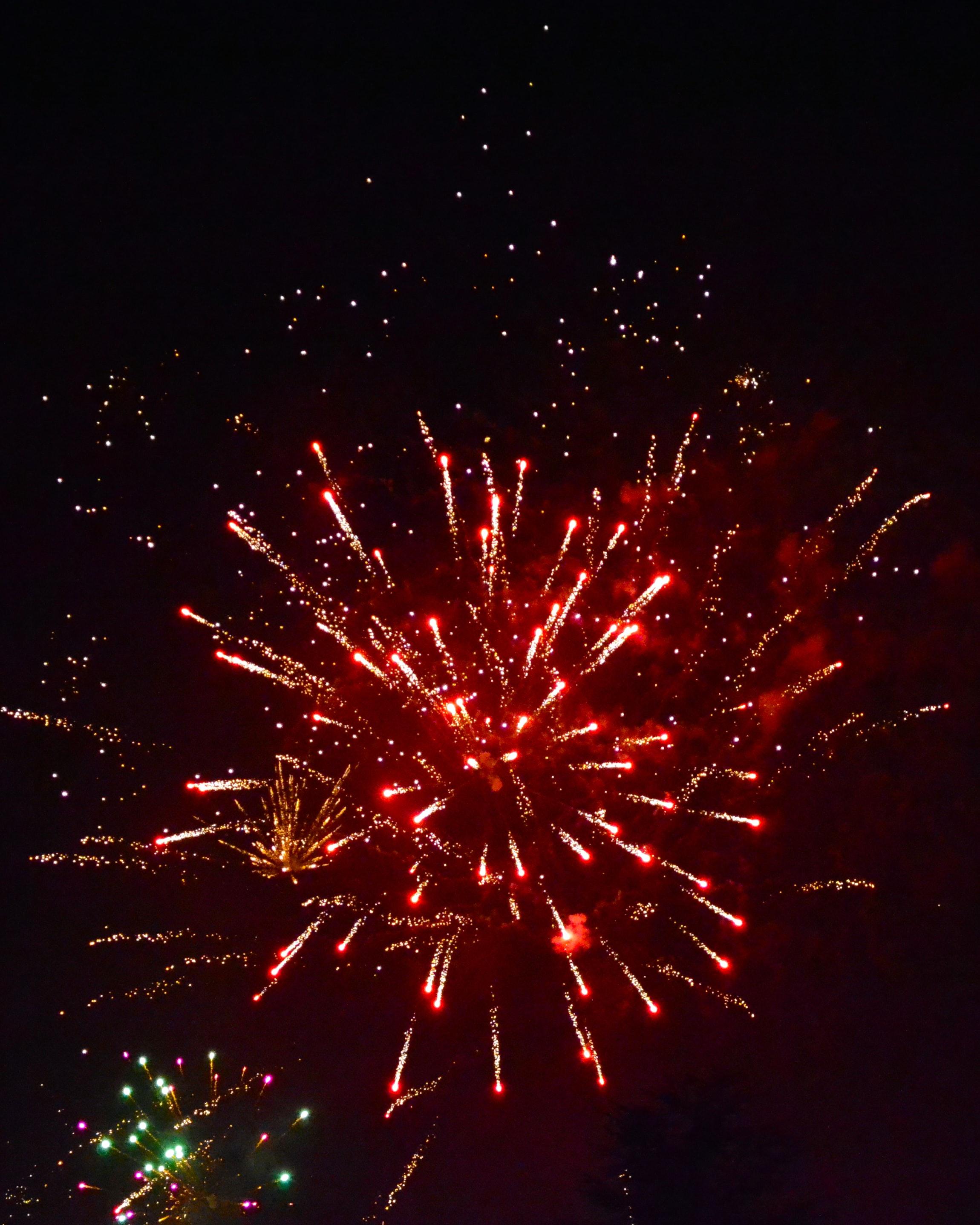 Traditat e famshme të vitit të ri në botë