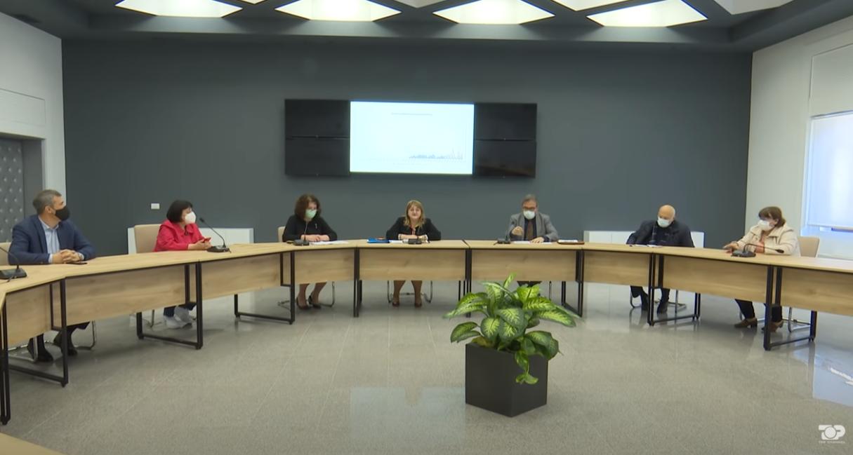 Komiteti i ekspertëve tregon masat e reja anti Covid për 2 javët në vazhdim