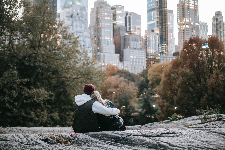 Shenjat që zbulojnë se marrëdhënia me partnerin ëdhtë drejt stabilitetit