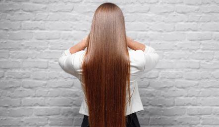 Sekretet e vogla që iu bëjnë të keni flokë të gjatë brenda pak kohësh