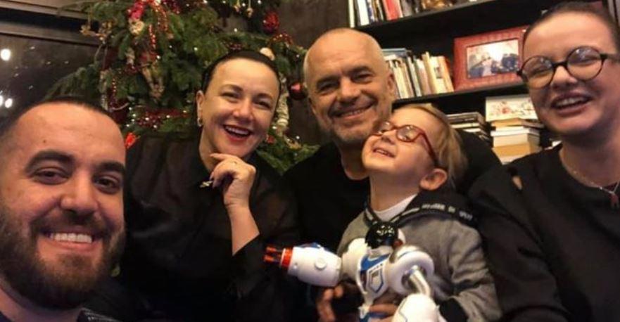 Festë në familjen e kryeministrit Rama, zbulohen pamjet nga ditëlindja e Zahos